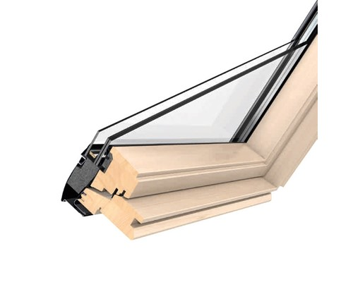 Velux ggl pine centre pivot roof windows extons roofing for Velux ggl 9 prix