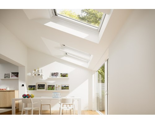 Velux ggl white painted centre pivot roof windows extons - Velux ggl 4 ...