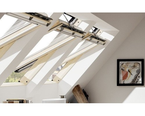 Velux ggl pine solar powered roof windows extons roofing for Velux ggl 9 prix